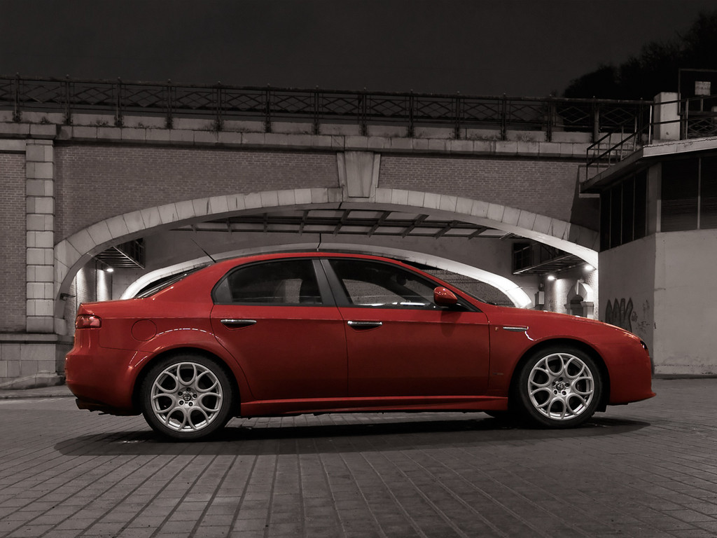 Alfa Romeo 159 photo 1 1024x768
