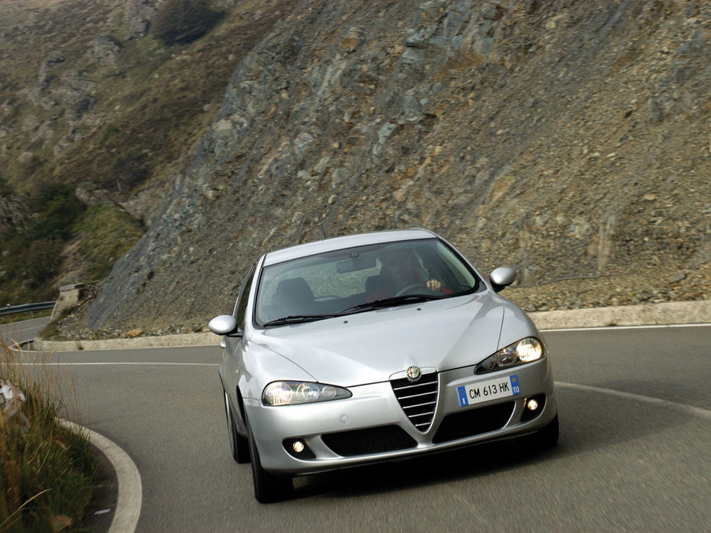 Alfa Romeo 147 photo 6 1024x768