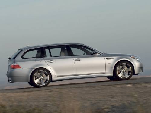 BMW 5 Series photo 5