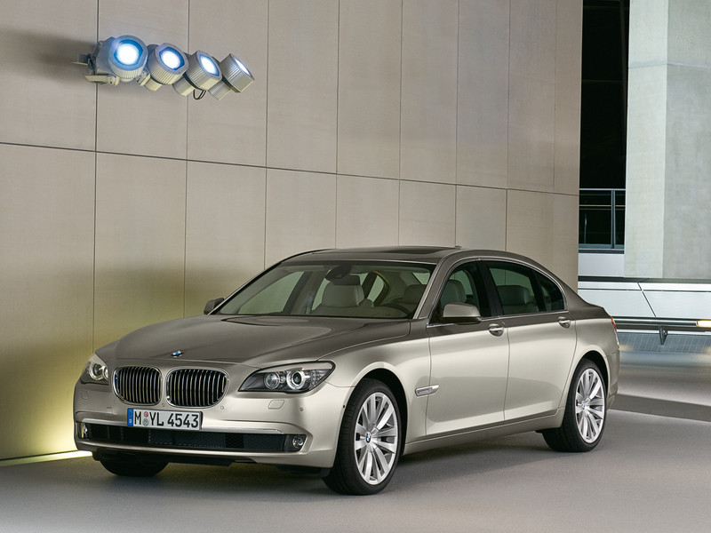 BMW 7 Series photo 7 800x600