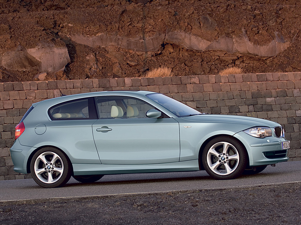 BMW 1 Series photo 6 1024x768