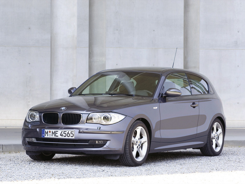 BMW 1 Series photo 8 800x600