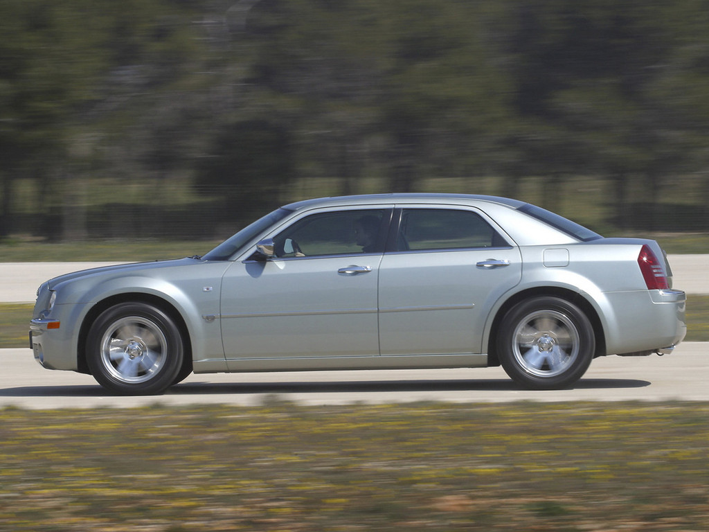 Chrysler 300C 5 1024x768