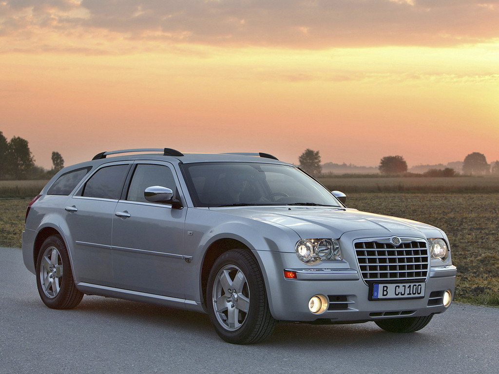 Chrysler 300C 4 1024x768